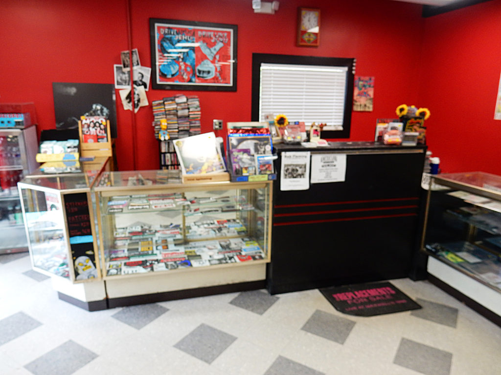 Lunchbox Records - Charlotte NC - counter
