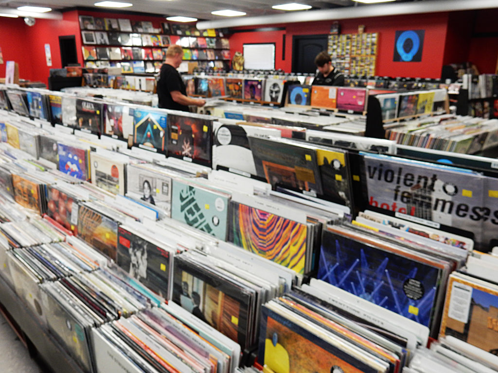 Lunchbox Records - Charlotte NC - store interior