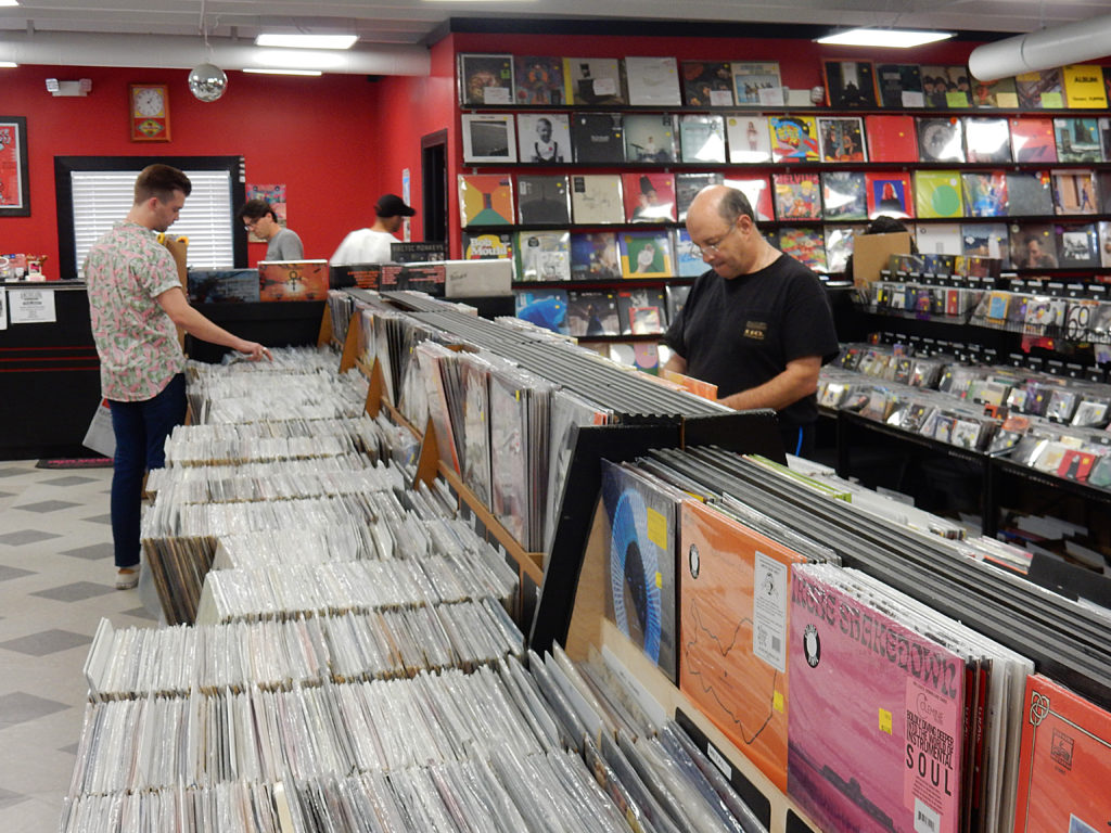 Lunchbox Records - Charlotte NC -store interior