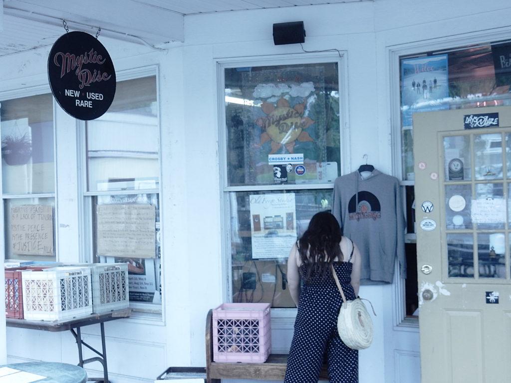 Mystic Disc - Mystic Connecticut - store front